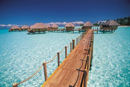 tahiti-village-in.water.jpg