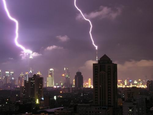 shanghai-lightening-storm.jpg