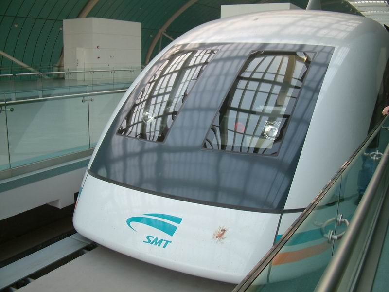 shanghai.maglev-train-blood.on.head.jpg