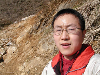 yinjiang-jianshuo-tired_small.jpg