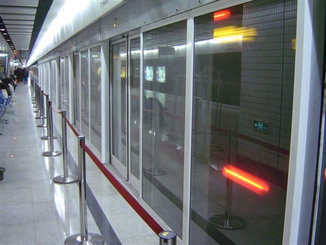 shanghai-automatic.door-metro.jpg