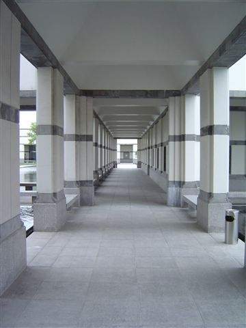 shanghai.jinqiao-walkways-ceibs.jpg