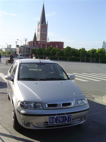 shanghai.jinqiao-car.church.jpg