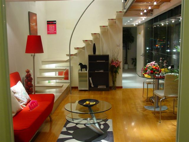 shanghai.apartment-jinganxinge-downstairs.jpg