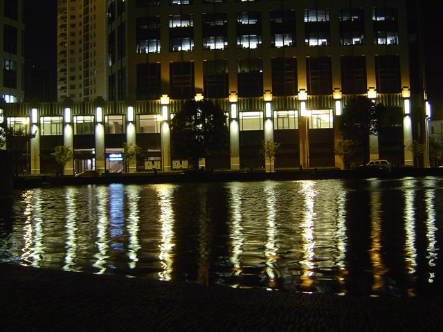 shanghai-taipingqiao-water.jpg