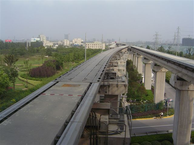 shanghai.maglev-rail-starting.point.jpg