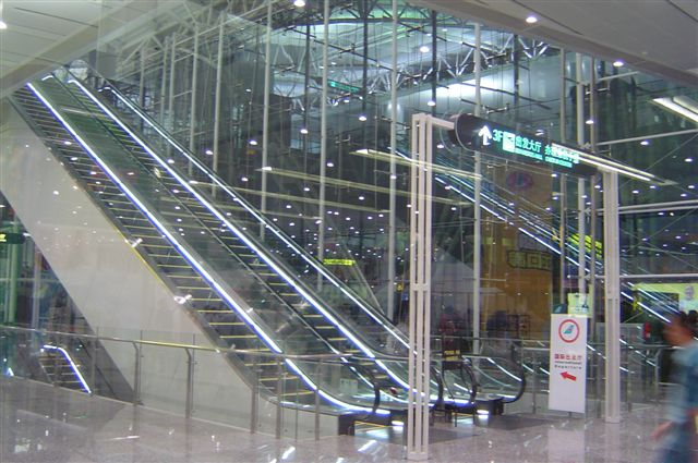 guangzhou-elevator.jpg