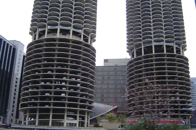 chicago-cars-in.building.jpg