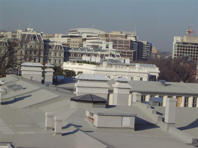washington-whitehouse-roof.jpg