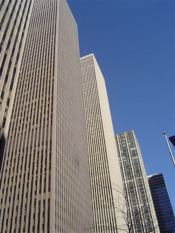 newyork-rockfeller-v.jpg