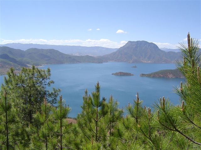 lugu-lake-overview.jpg.JPG