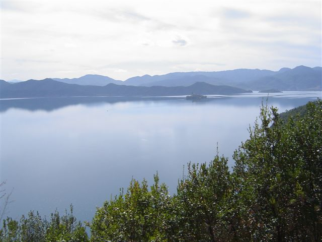 lugu-lake-from.hill.JPG
