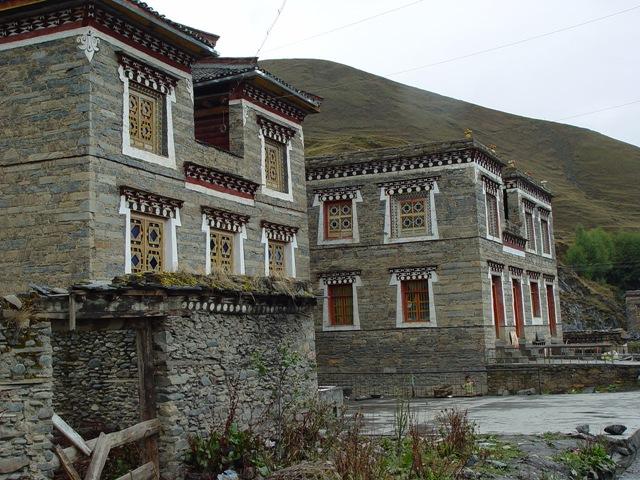 daocheng.xinduqiao-2.tibetan.house