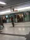hongkong-quanwan.line-kcr * 960 x 1280 * (584KB)